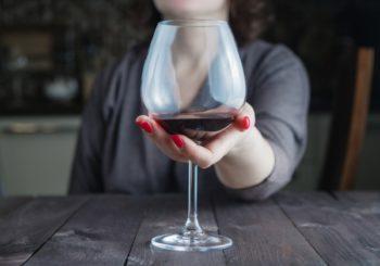 L'alcol a piccole dosi potrebbe avere effetti benefici sul cervello